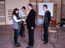 Absolwenci I LO - prof. Jacek Sici�ski z synem Wojtkiem